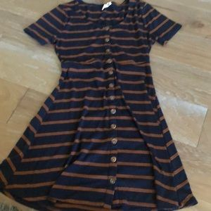 Tilley dress size Small